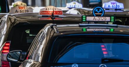 Image: Helsemyndighetene anbefaler munnbind i taxi i hele Norge