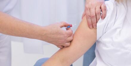 Image: Leger mener coronautvalg gjør feil vaksineprioritering