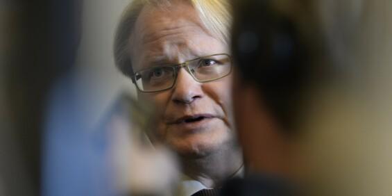 Image: Sveriges forsvarsminister dro på privat utenlandsreise tross reiseråd