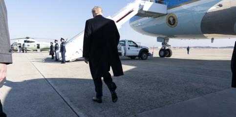 Image: CNN: Trump lander i Florida før Biden blir innsatt som president