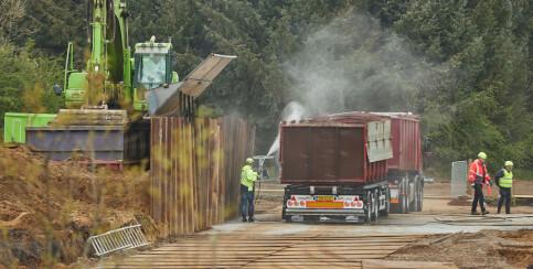 Image: Graver opp fire millioner døde mink: - En lukt av død