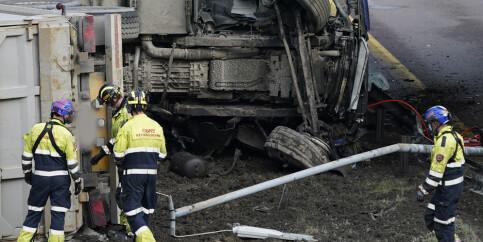 Image: Sjåfør omkom i lastebilvelt på Lørenskog