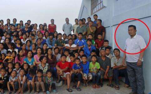 Image: Mannen med verdens antatt største familie er død