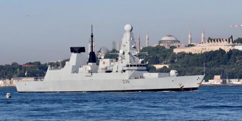 Image: Russiske nyhetsbyråer: Russiske styrker har skutt varselskudd mot britisk marinefartøy i Svartehavet