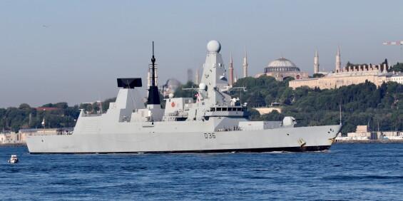 Image: Storbritannia avviser melding om varselsskudd mot britisk marinefartøy i Svartehavet