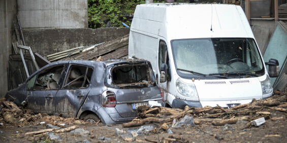 Image: Jordskred og flom utløst av kraftig regnvær i Nord-Italia