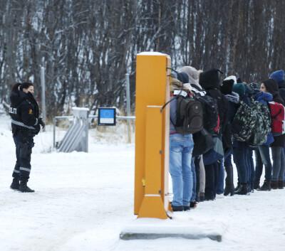 Image: Erna Solberg: Regjeringen vurderte å stenge grensen til Russland