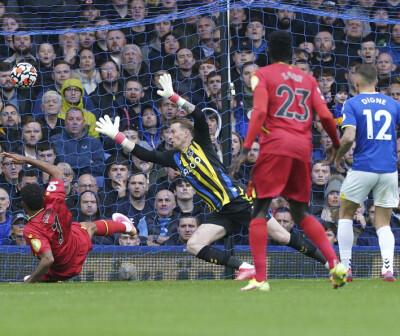 Image: Joshua King herjet for Watford – scoret hattrick mot Everton