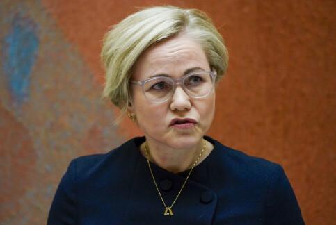 Image: Helseministeren: Nasjonale coronatiltak kan bli aktuelt, men ikke nå